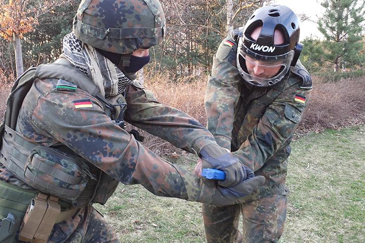 KMD Training für Streitkräfte