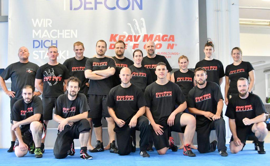 15 neue Krav Maga DEFCON® Instruktoren!
